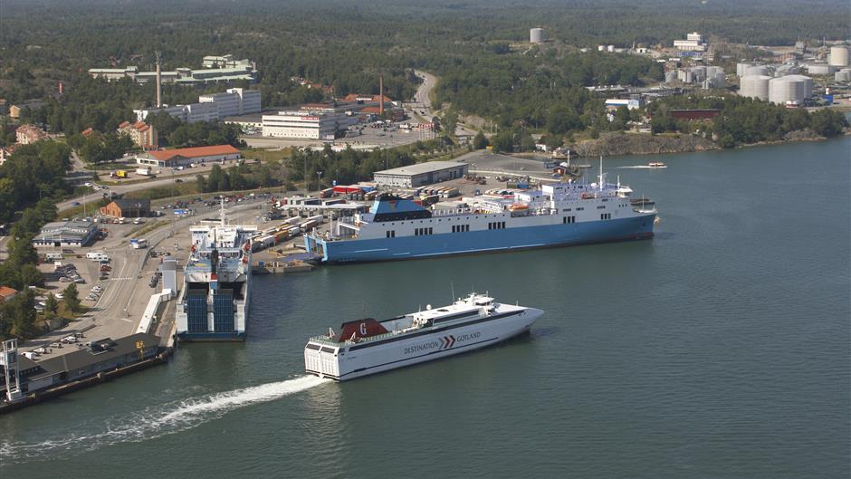 Krovininis maršrutas keltu į Nineshamną (Nynashamn)